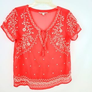 American Eagle coral embroidered top Medium shirt